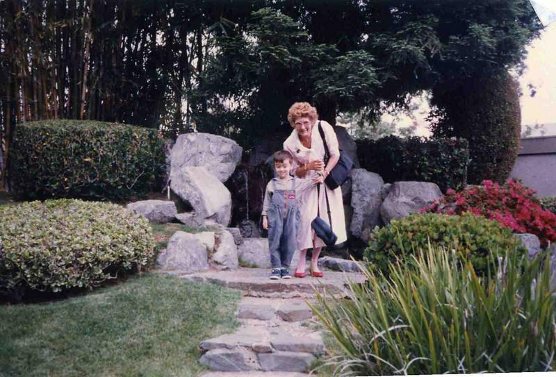 Grandma027.jpg