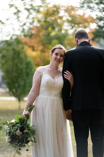 rustic_ohio__fall_barn_wedding-134.jpg