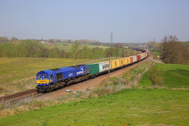 66727 on the 4M23 Felixstowe to Hams Hall at Brantham on the 20th April 2018.JPG