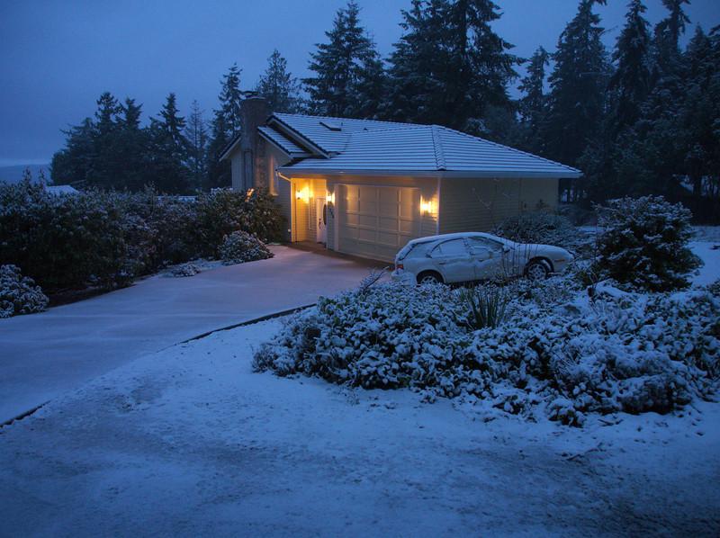 P2180003 our house snow.jpg