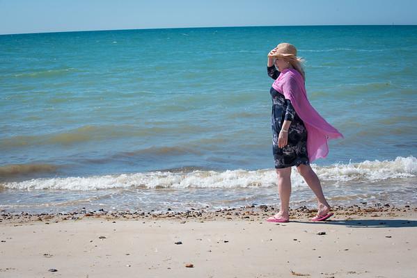 Janine Lowe Beach-105.jpg