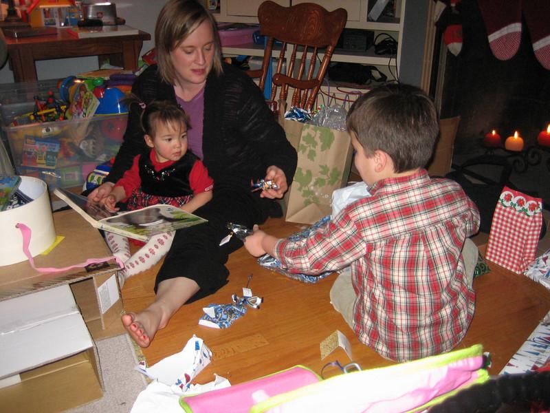 Christmas 2006 & Other 250.JPG