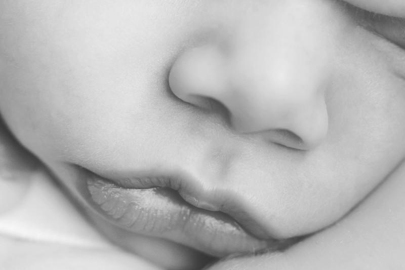 Aiden McFarland Newborn ~ 8.2014-314.jpg