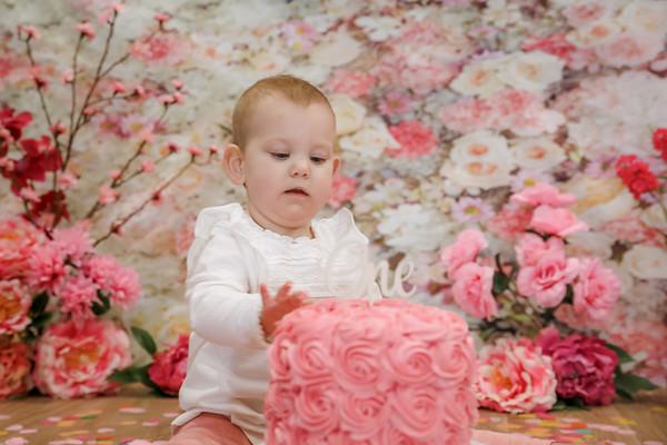 Edith's 1st Birthday Cake Smash