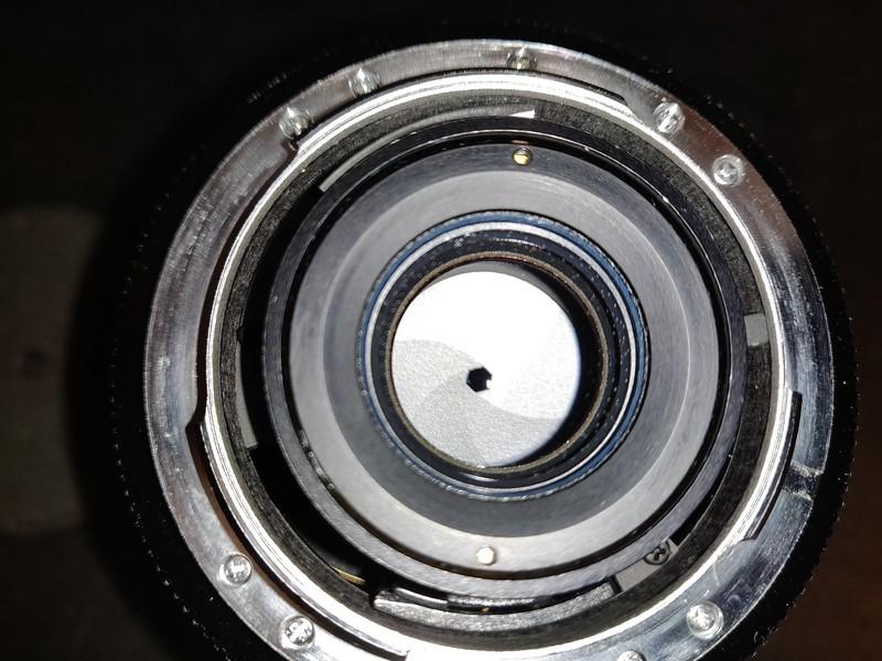 Leica 19mm 2.8 Elmarit-R II - Serial 3503701 010.jpg