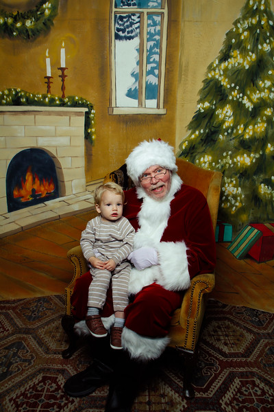 Pictures with Santa Earthbound 12.2.2017-100.jpg