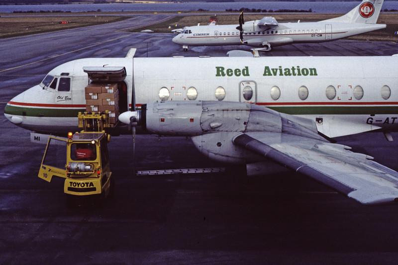G-ATMI-HawkerSiddeleyHS-748-ReedAviation-EKSB-1999-01-04-FT-32-KBVPCollection.jpg