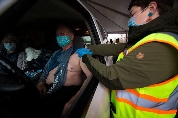 Sequim Drive-Through Vaccinations