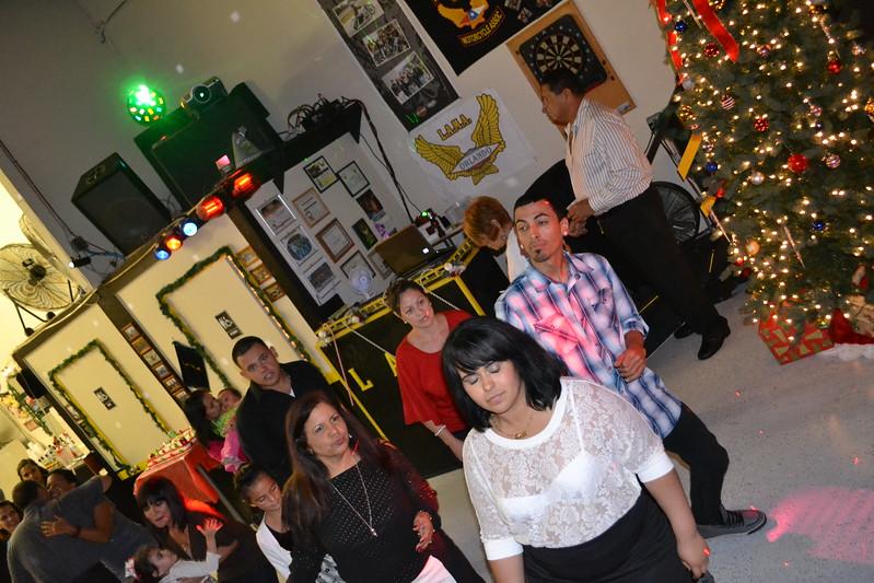 navidad party LAMA (186).jpg