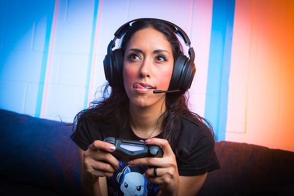 Amanda - Gamer Girl