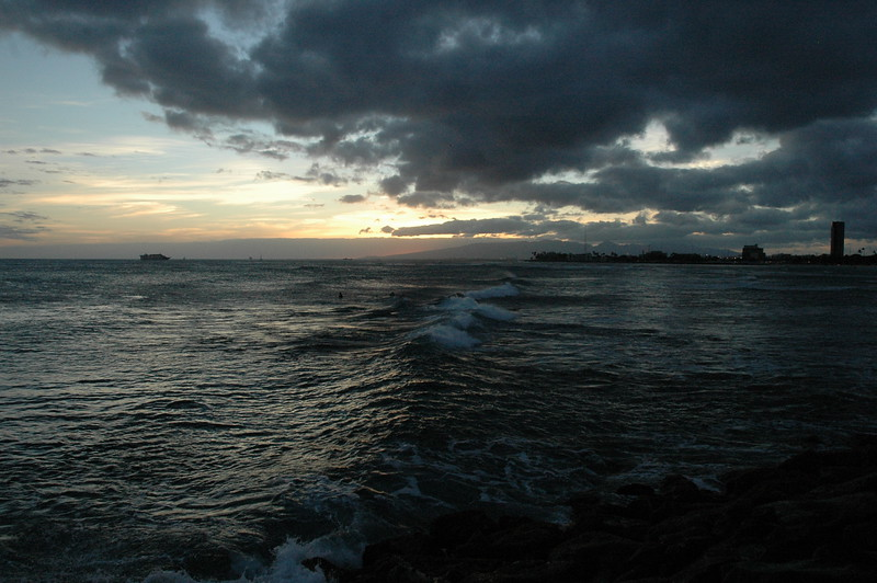 Hawaii - Ala Moana Beach Sunset-85.JPG