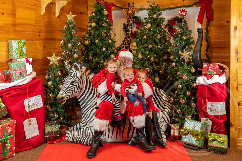 2019-12-01 Santa at the Zoo-7300.jpg