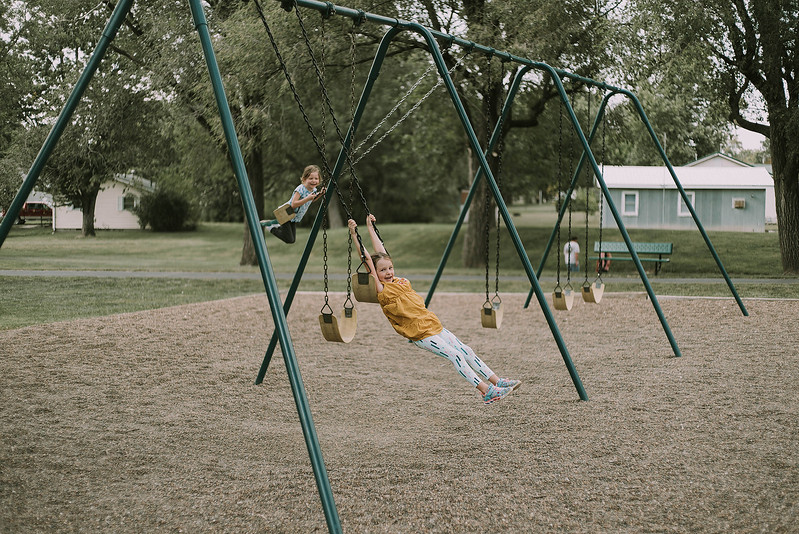 Eloise & Isabelle, BG Park 2.jpg