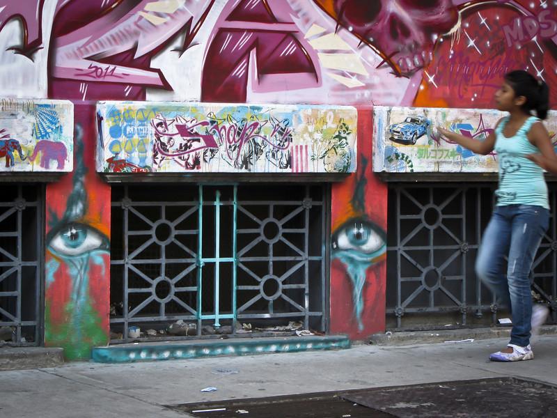 Buenos Aires 201203 Graffitimundo Tour (92).jpg