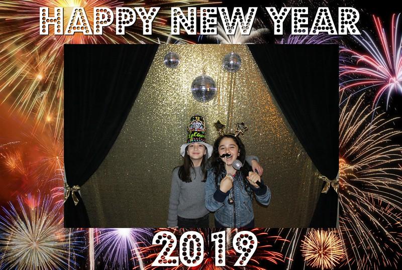 New Years 2019 Photobooth Pics (15).jpg