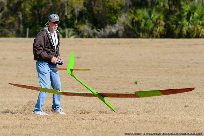 Paul Mittendorff landing - FSS (Florida Soaring Society) contest #1 2018, hosted by the Orlando Buzzards in Christmas, Florida