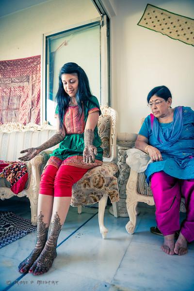 Jay Pooja Mehandi-110.jpg