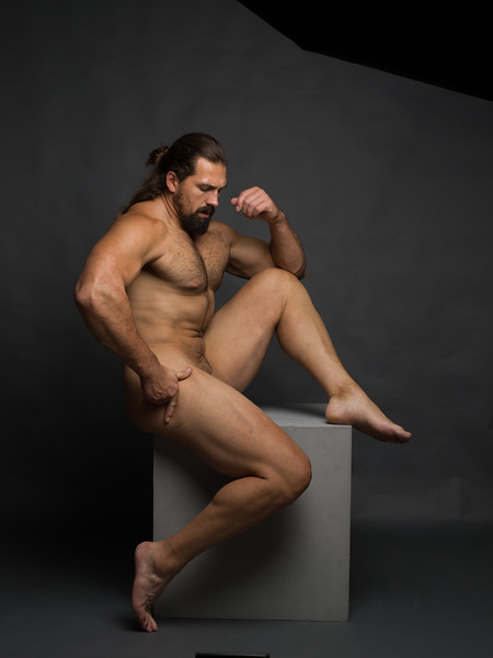 will-newton-male-art-nude-2019-0062.jpg