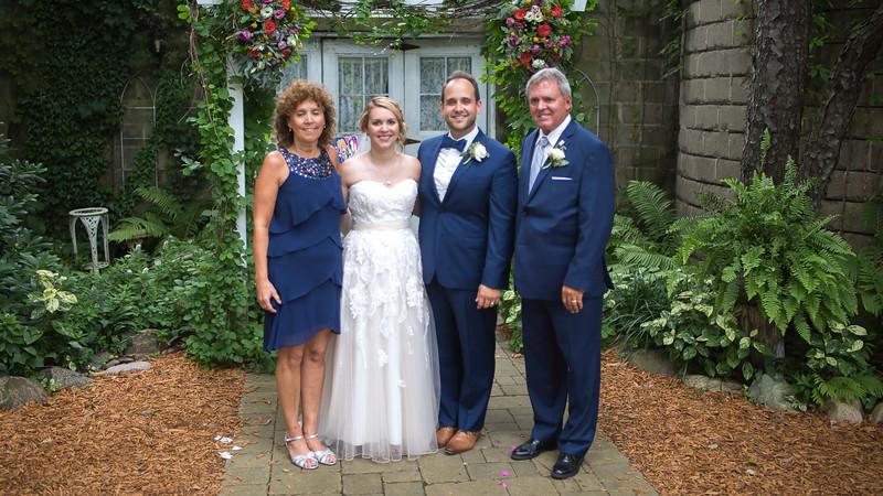 Garrett & Lisa Wedding (548).jpg