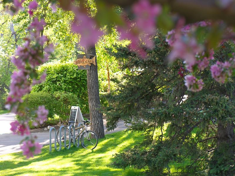 RiverCafe_Exterior_SpringBlooms_Bike.jpg