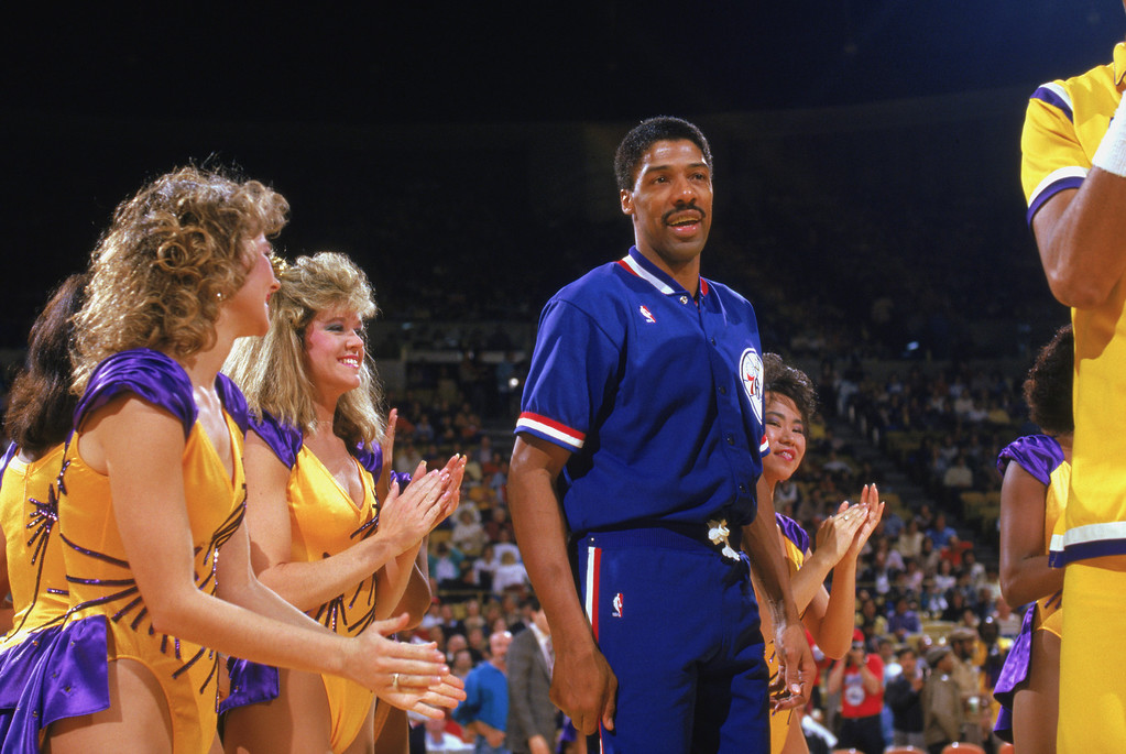 """. <p>2. JULIUS ERVING <p>Dr. J wants to tell you how his love child was conceived. BRACE yourself! (unranked) <p><b><a href=\'http://www.dailymail.co.uk/news/article-2481292/NBA-great-Dr-J-Julius-Erving-reveals-daughter-conceived-braces.html\' target=\""""_blank\""""> HUH?</a></b> <p>    (Rick Stewart/Getty Images)"""