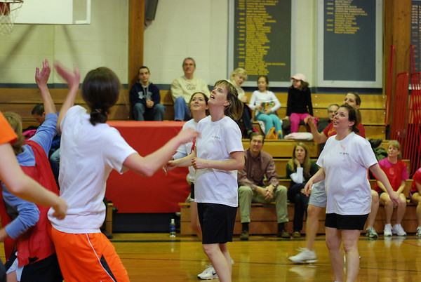 Alumnae Basketball Game 2011