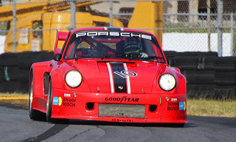 Classic24-2015_4890-#10-Porsche935K.jpg