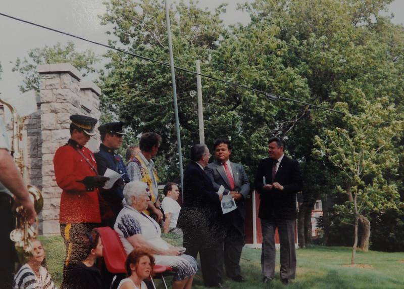 1993-8.jpg