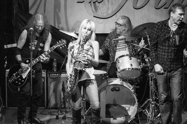 Waddy Wachtel Band 01/19/2013