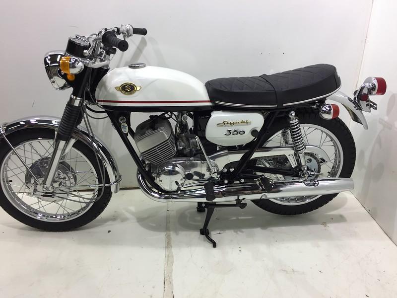Suzuki 1969 T350 (11).JPG