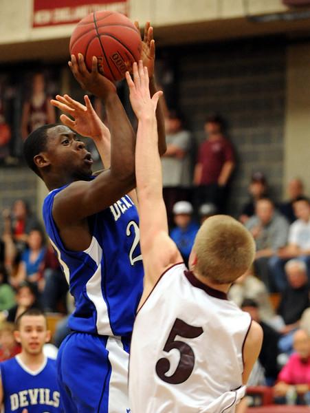 LHS vs EL boys basketball 12-21-12