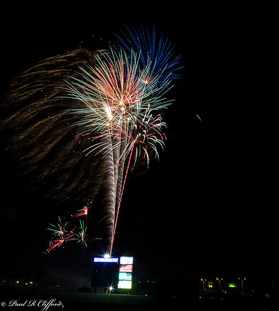 Images from folder Fireworks 9:5:15