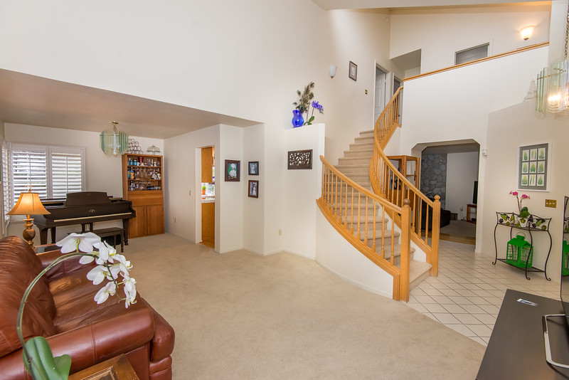 DSC_5159_stairway.jpg