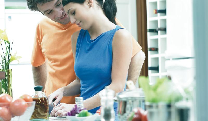 Mabe Cocinando-crop.jpg