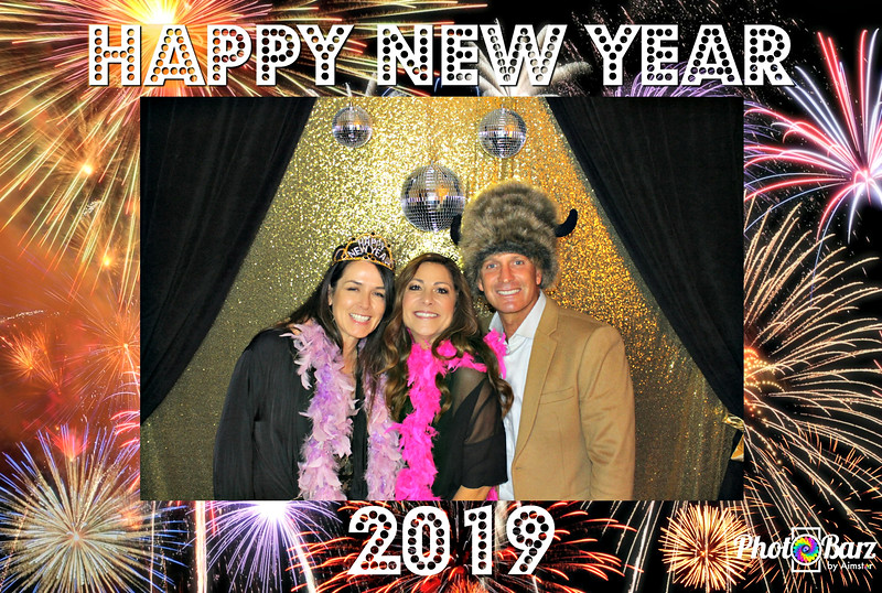 New Years 2019 Photobooth Pics (25).jpg