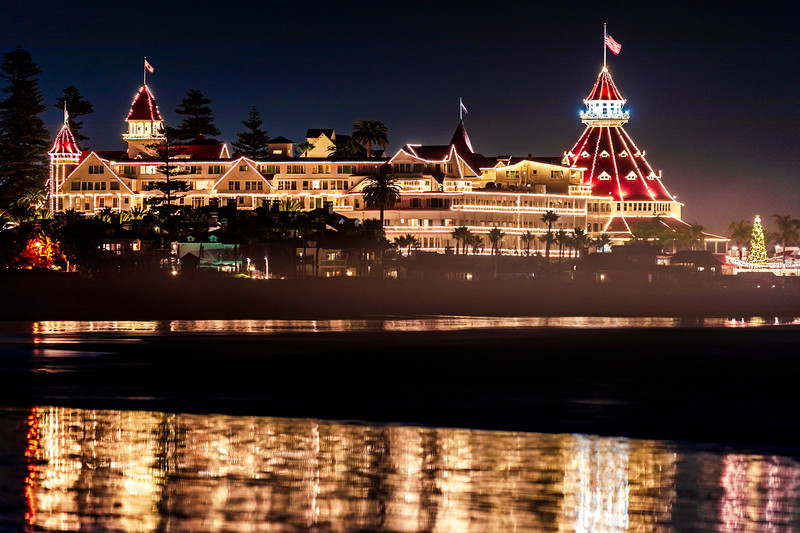 -=- Christmastime Hotel del Coronado -=-