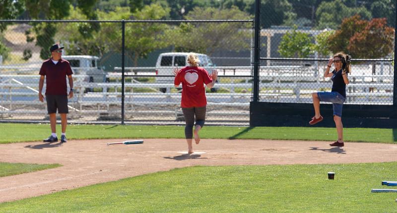20170429-Dunn-Alums-Softball-game-8762.jpg