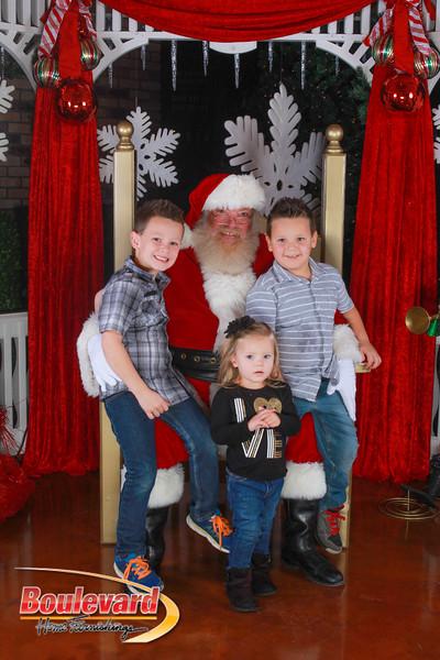 Santa 12-10-16-158.jpg