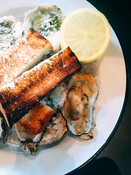 leons grilled oysters 2.jpg