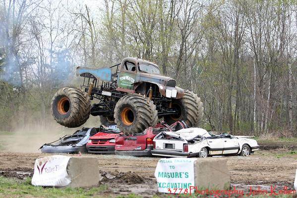 Monster Trucks 05-09 Day 2