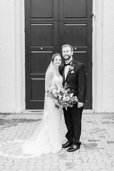 418_Ryan+Hannah_WeddingBW.jpg