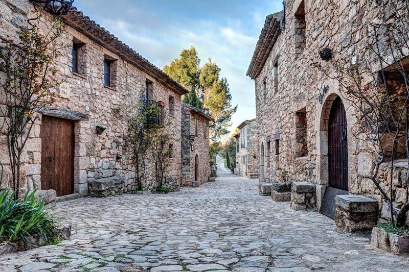 Carrer Major (Siurana, Catalonia)