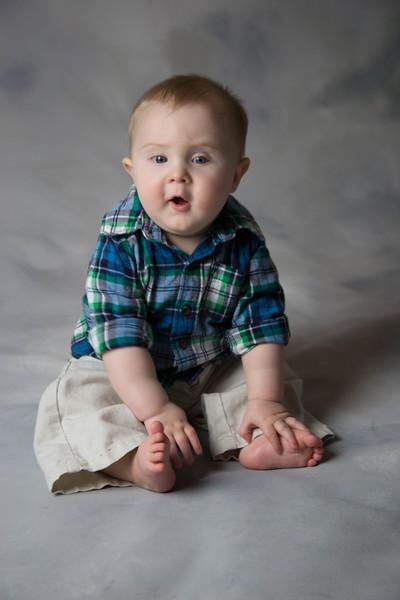 baby james 6 months-3.jpg