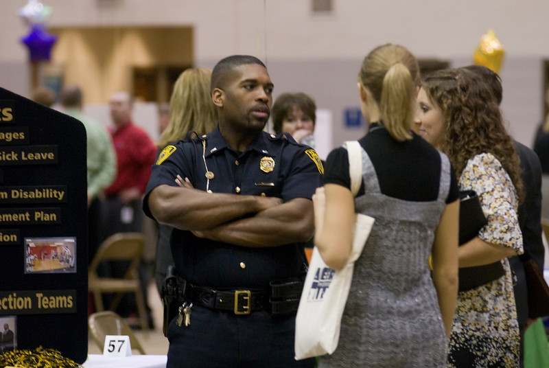 2009CareerFair006.JPG