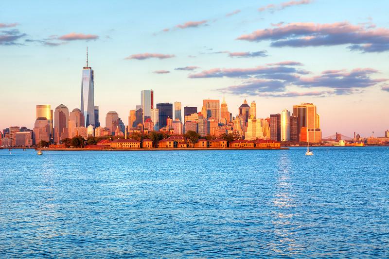 3846 Manhattan
