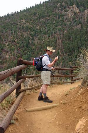2006-04-22 Hiking Barr Trail