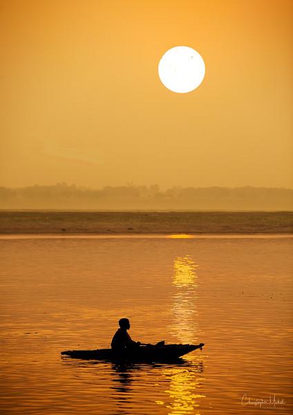 sunrise_on_gangesdd.jpg