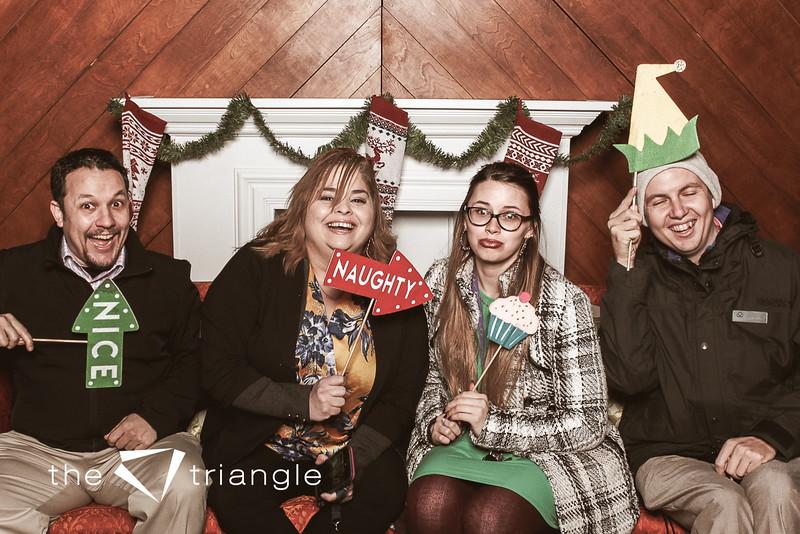 awkward-family-photo-booth-100.jpg