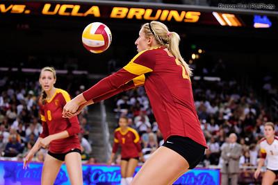 USC Women's Volleyball v UCLA 09/09/11