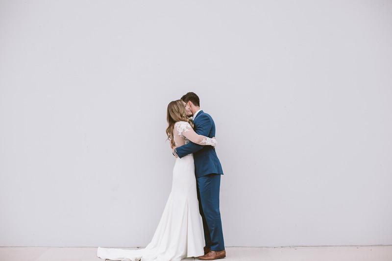 Kate&Josh_ZACH.WATHEN.PHOTOGRAPHER-555.jpg